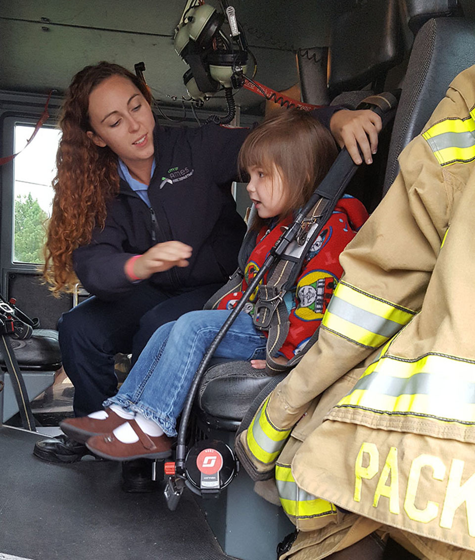 VisionBank hosted a Fire Safety event at our Duff location where kids could explore fire trucks, learn safety techniques, and talk to local firefighters